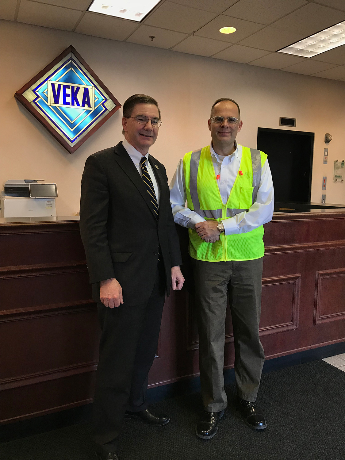 Congressman Keith Rothfus visits VEKA